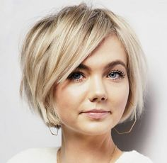 very short bob haircut Medium Hair Styles, Short Hair Styles, Medium Hair Cuts, Side Bangs Hairstyles, Hairstyle Short Hair, Womens Bob Hairstyles, Fine Hair Hairstyles, Choppy Bob Hairstyles For Fine Hair, Braided Hairstyles