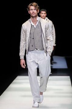 Referencias en grises encabezan la propuesta de Giorgio Armani en su colección Spring-Summer 2018