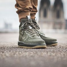 "646 Likes, 7 Comments - PAUSE Magazine (@pause_online) on Instagram:  ""Sneaker Watch: Nike Lunar Force 1 Duckboot - More info via pausemag.co.uk  ..."