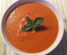 Recipe Tomato Soup by Kath H, learn to make this recipe easily in your kitchen machine and discover other Thermomix recipes in Soups. Best Soup Recipes, Tomato Soup Recipes, Healthy Soup Recipes, Gnocchi Recipes, Thermomix Soup, Cheddarwurst Recipe, Frangipane Recipes, Mulberry Recipes, Vegans