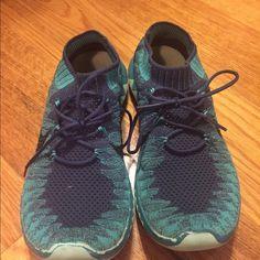 purchase cheap a8495 30ce1 Blue Nike flyknit 3.0! Nike Shoes Athletic Shoes Chaussures De Bébé,