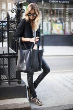 She x Fashionista Fashion Moda, Look Fashion, Womens Fashion, Fashion Trends, Street Fashion, Fashion News, Look Street Style, Street Chic, Looks Chic