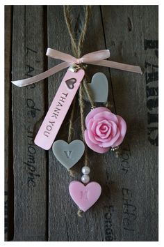 Tips For Buying Wedding Favors Clay Projects, Clay Crafts, Diy And Crafts, Soap On A Rope, Soap Favors, Soap Packaging, Soap Recipes, Home Made Soap, Handmade Soaps
