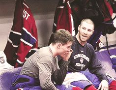 Gally and Prusty in the locker room Skater Boys, Montreal Canadiens, Hockey Players, Locker, Nhl, Daddy, Gifs, Baseball Cards, Videos