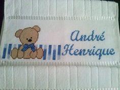 Resultado de imagem para toalhas bordadas em ponto cruz infantil