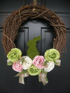 Time for Spring Wreaths on Etsy. Here is a round-up of some beautiful Spring wreaths including adorable ones for Easter. Holiday Decorating Ideas.