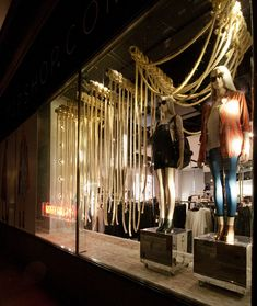 Top Shop Windows Fall 2015, London – UK » Retail Design Blog