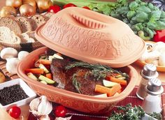 Schlemmertopf Clay Pot Recipes - Fun Cooking for a Healthy Holiday Diet Claypot Recipes, Pot Roast Recipes, Crockpot Recipes, Delicious Recipes, Pots D'argile, Clay Pots, Clay Oven, Cooking Instructions, Cooker Recipes
