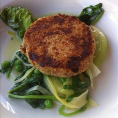"by @yukiwearsprada ""#fishcake #fish #cake #foodporn #food #meal #veg #vegetable #brasserieblanc #raymondblanc #alacarte #mealdeal #dinner #lunch #healthy #salad #green #peas"""