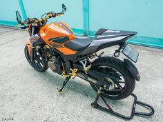 Frame sliders V1 for 2016 Honda CBR500R & CB500F, more info: http://anunaki-parts.com/en/honda-cbr500r-cb500f-cb500x/457-frame-sliders-v1-for-2016-honda-cbr500r-cb500f-honda-cbr500r-cb500f-cb500x.html