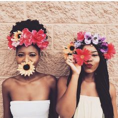 Flower crowns at the ready - perfect for the festival wedding or boho bride