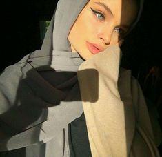 Modest Fashion Hijab, Modern Hijab Fashion, Street Hijab Fashion, Hijab Fashion Inspiration, Hijabi Girl, Girl Hijab, Hijab Outfit, Beautiful Muslim Women, Beautiful Hijab