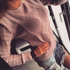 Knitting for Women Pullover. Discussion on LiveInternet - Russian Online Diaries Service Knitwear Fashion, Knit Fashion, Knitting Charts, Knitting Patterns, Crochet Shawl, Knit Crochet, Mode Crochet, Knit Picks, Sweater Design