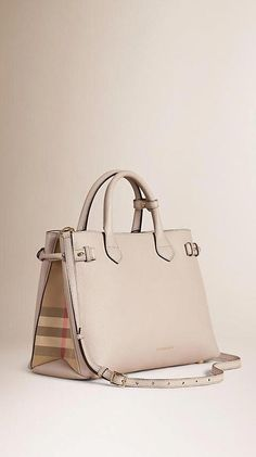 Handbags & Wallets - Light grey melange The Medium Banner in Leather and House Check - Burberry - How should we combine handbags and wallets? Hermes Handbags, Burberry Handbags, Purses And Handbags, Simon Le Bon, Chain Shoulder Bag, Shoulder Bags, Beautiful Bags, My Bags, Tote Bags