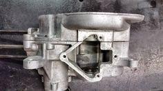 Moto Guzzi Motoleggera 65 in fase di restauro completo , pulizia carter motore