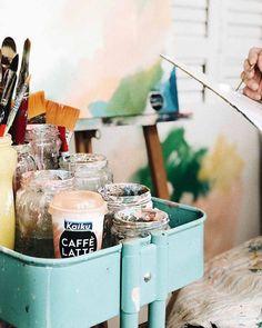 Os dejo una entrevista que me ha hecho @kaikucaffelatte  con lo mal que se me da...  espero que os guste! He puesto el link en mi perfil https://ift.tt/2KpTqlK . . . .  #abstractart  #arte #arteabstracto #abstracto #abstract #art #decoracion #decor #interiorismo #deco #interiordesign #interior  #painting #commision #colorfull #cuadrosporencargo  #artcollector #twitter