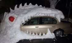 Godzilla swallows a car in Buffalo, New York