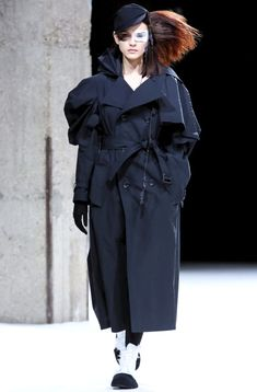 ***Collection YOHJI YAMAMOTO - Winter 2019 - PARIS***