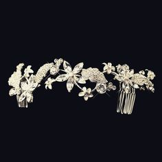 Breath-taking brilliance! This divine hair accessory features breathtaking details of Crystals & encrusted Rhinestone elements that devour this piece with it's lustre and sparkle in scattering of flow