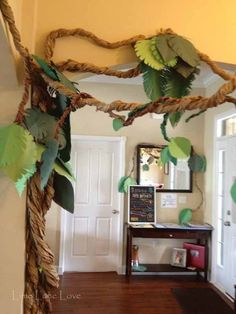 PERFECT paper jungle vine for a born to be wild baby shower or birthday party. Simple and budget friendly DIY party decoration PERFECT paper jungle vine for a born to be wild baby shower or birthday party. Simple and budget friendly DIY party decoration Kindergarten Party, Festa Jurassic Park, Dinosaur First Birthday, Baby Boy Birthday, Deco Jungle, Jungle Safari, Jungle Lion, Diy Décoration, 3rd Birthday Parties