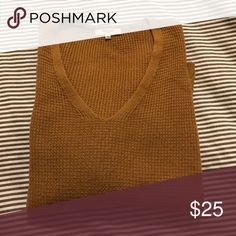 Madewell Sweater Brown Madewell sweater. V-neck with 3/4 length sleeve and cuff on sleeve. Hits at the hips with small side slits on side. Madewell Sweaters Crew & Scoop Necks