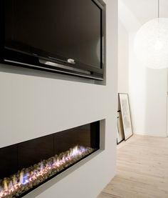 Linear modern fireplace