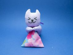 Items similar to Cat Lovers Lavender Closet Freshener on Etsy Closet Freshener, Lavender Color, How To Make Earrings, Cat Walk, Never Give Up, How To Introduce Yourself, Cat Lovers, Unique Gifts, Christmas Ornaments