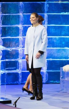 Princess Victoria inaugurated the Artistic Skating European Championships taking place in Stockholm. Prince Daniel and Estelle were also present.