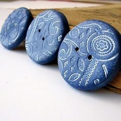handmade polymer clay buttons impress with lace.  paint.