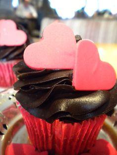 [Tortarelli] Cupcake Red Velvet com cobertura de chocolate