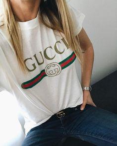 t-shirt Gucci   tee-shirt logo Gucci   Fashion Lover ... f7c85939874