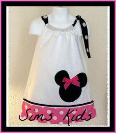 Minnie Mouse Pillowcase Dress von SimsKids auf Etsy