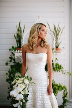 Photography : Kallima Photography Read More on SMP: http://www.stylemepretty.com/2016/06/30/a-wedding-that-proves-going-green-can-be-oh-so-chic/