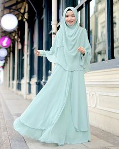 Modest Fashion Hijab, Hijab Style Dress, Niqab Fashion, Casual Hijab Outfit, Muslim Fashion, Fashion Dresses, Lovely Dresses, Modest Dresses, Beautiful Hijab
