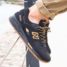 Modelos exclusivos do NEW BALANCE 1600