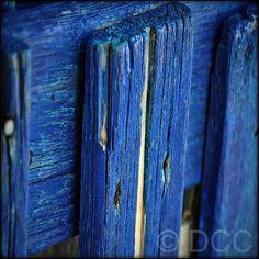 .blue. S)