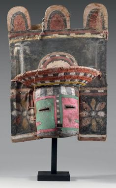 SI´OHEMISKATSINA - Superbe masque Si´ohemiskatsina (Antes 496 et 497) ou Sio Hemis Kachina (Colton 155). Circa 1900 Hopi, Arizona