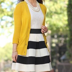 HP Banana Republic Cardigan Banana Republic yellow maize cardigan. Such a happy color!! Goes great with black and white stripes or polka dots. I also like it with leopard print shoes or bag. Good used condition. The first picture is not the actual sweater. I'm using it for style inspiration. Second picture is true to color. Banana Republic Sweaters Cardigans