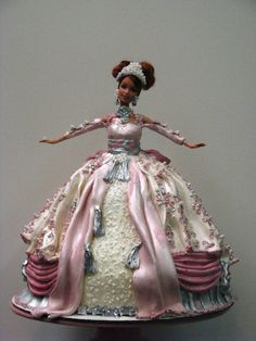 Barbie Cake by Kim and Ashlee's Cakes & Cookies, via Flickr