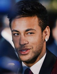 Neymar da Silva Santos Júnior, allgemein bekannt als Neymar oder Neymar Jr. Neymar Jr Wallpapers, Paris Saint Germain Fc, Neymar Pic, Neymar Brazil, Football Is Life, National Football Teams, Lionel Messi, Girls Dream, Handsome Boys