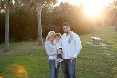 Great family photo! Simple, but effective and I love the lighting.