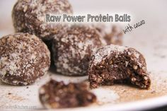 Trinity's Conscious Kitchen - Raw Power Protein Balls with cacao, hemp, chia and flax seeds | Trinity's Conscious Kitchen