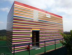Life size Lego house!  You want to know how many Lego bricks it would take to build your dream home and the cost?  Check this site out!    http://www.movoto.com/blog/novelty-real-estate/build-your-house-out-of-legos/