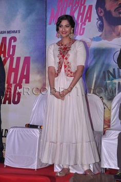 Sonam Kapoor in cream anarkali suit at the Audio release of Bhaag Milkha Bhaag in PVR, Mumbai on 19th June 2013.