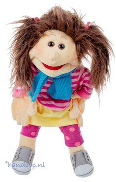 Fien (Finja) is een 45 cm grote, volledige uitkleedbare handpop van Living Puppets, ze is hip en kleurrijk.