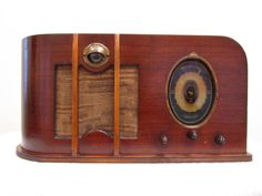 Vintage 1937 Climax Antique Art Deco Old Mid Century Depression Era Tube Radio