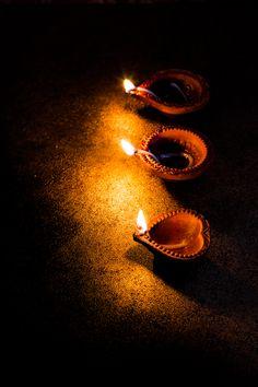 Jagruti's Cooking Odyssey: Anjeer, Chocolate aur Kaju Rolls - Figs,Chocolate and Cashew Rolls - Diwali Special Happy Navratri Images, Happy Diwali Images, Diwali Painting, Dussehra Wallpapers, Diwali Photography, Diwali Pictures, Diwali Festival Of Lights, Diwali Food, Diwali Wishes