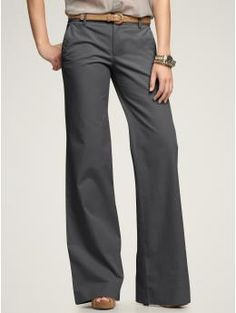 yay for wide-leg pants & trousers! the whole skinny jeans/jeggings things is getting old.
