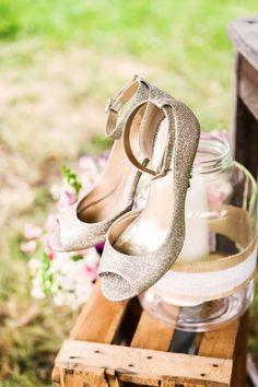 Brautschuhe im vintage stil