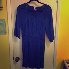 Old Navy blue cotton dress size small Old Navy blue cotton dress with pockets, 3/4 sleeves size small Old Navy Dresses Mini